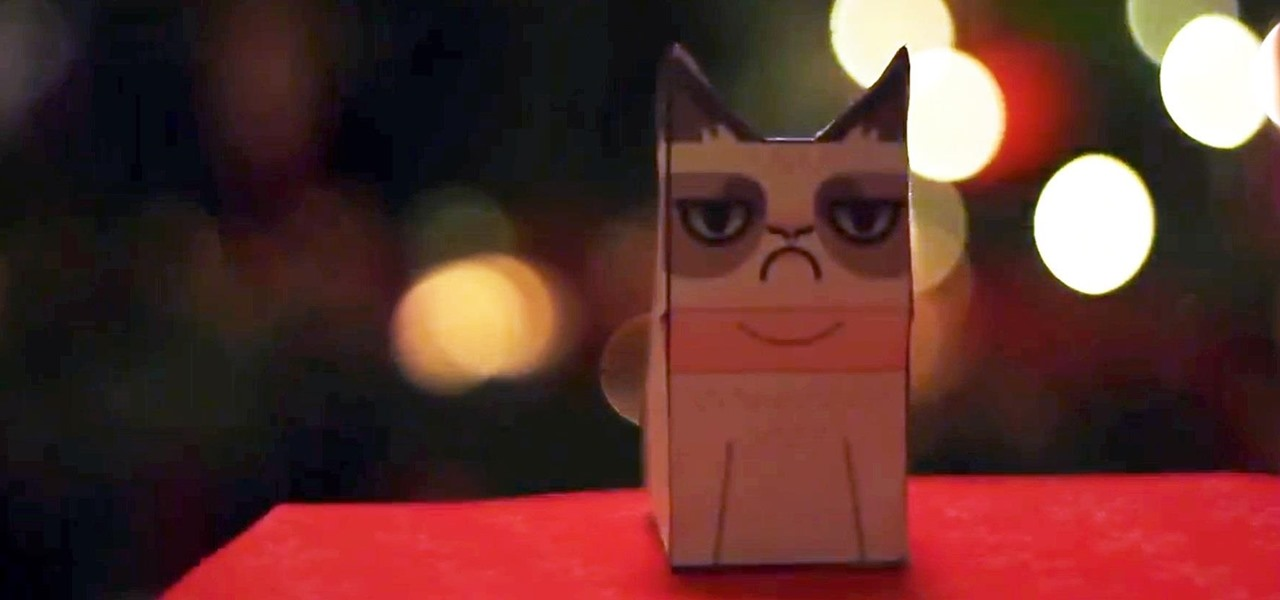 Have a Grumpy Christmas with This DIY Grumpy Cat Ornament (Free Template)